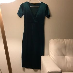 Zara velvet green dress